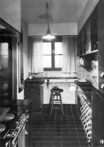 Frankfurter kitchen 1 213x300 1