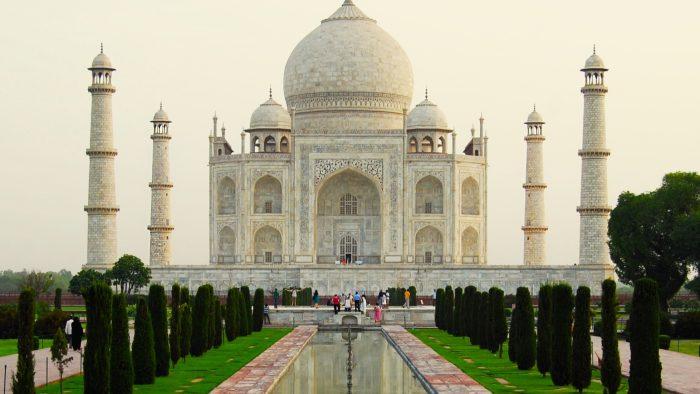 Taj Mahal Exterior 700x394 1