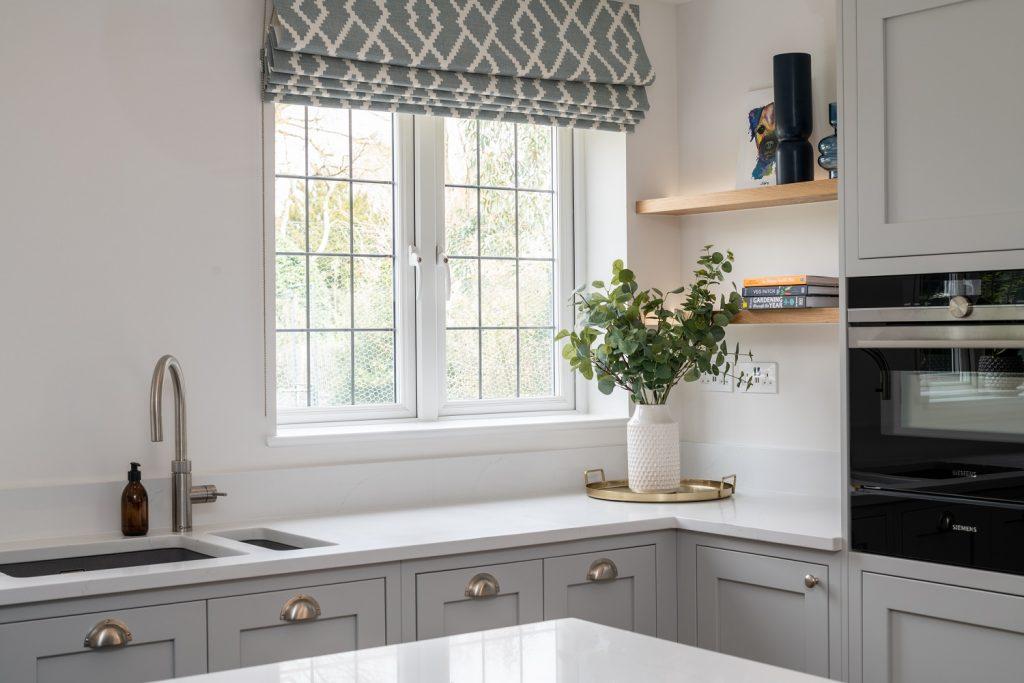 White Worktops - Beautifull Kitchens